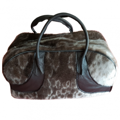 Ringed Seal Skin Carrying Bag_Cheryl Fennell_Snowfly (1)
